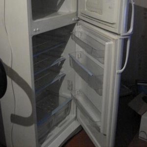 Продаю холодильник-морозильник